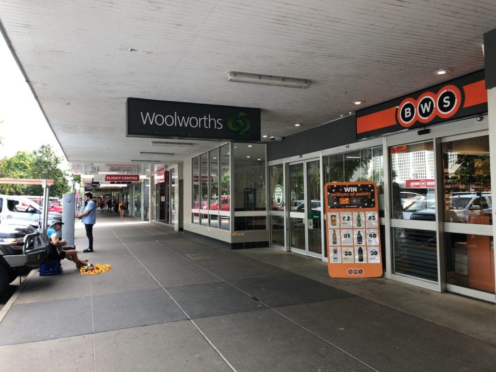 Woolworths(ウールワース)とBWS