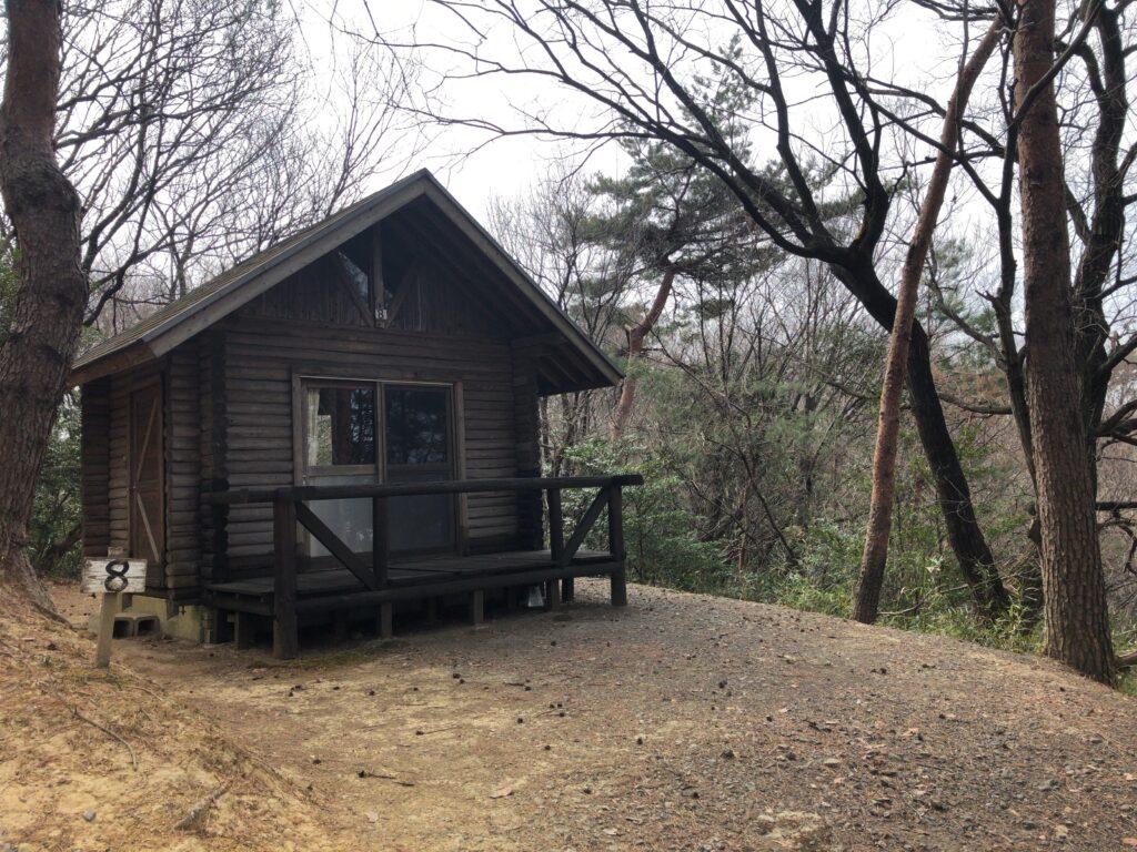 金山の森キャンプ場 バンガロー