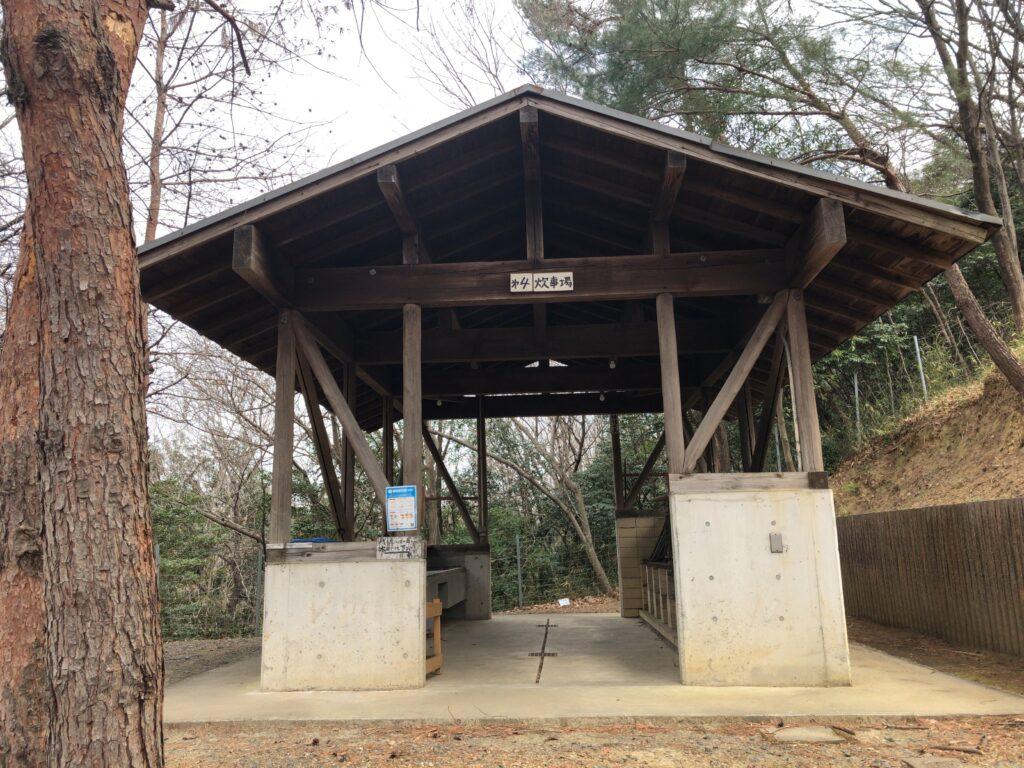 金山の森キャンプ場 バンガロー 炊事場