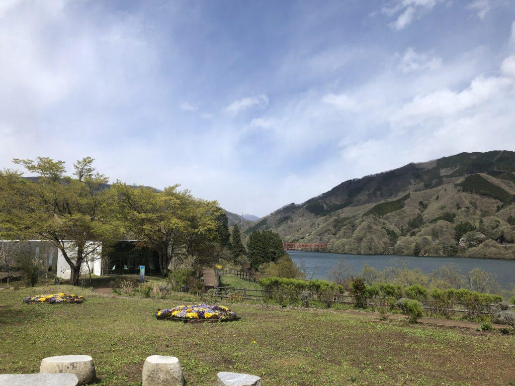 富弘美術館 カフェ 公園 草木湖 ビュー
