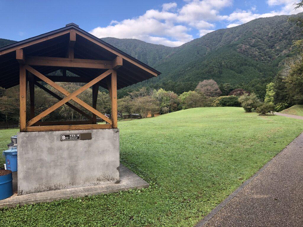 静岡県富士宮市 富士山が目の前に見えるキャンプ場  田貫湖キャンプ場 Bサイト  手洗い場